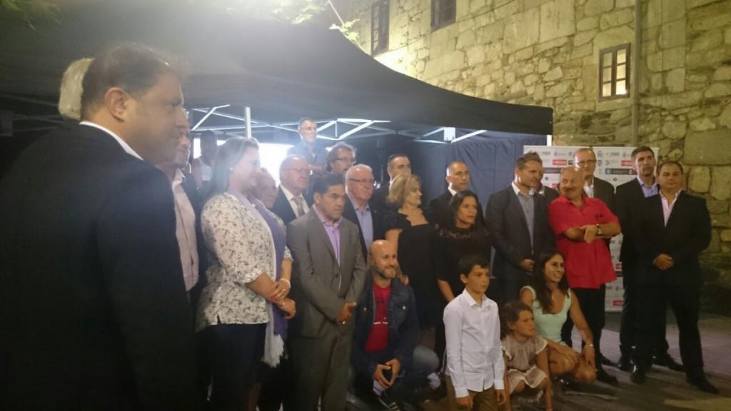 Pepe Durán, ( arriba y en el centro ) entre los galardonados con la distinción Ruben Martinez.