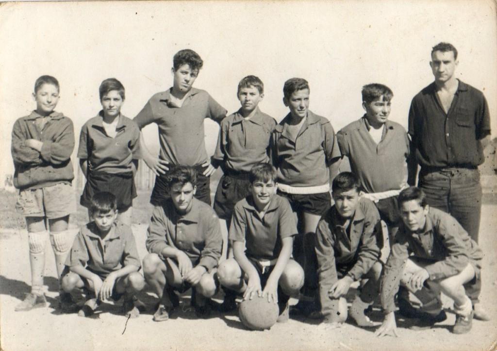 Equipo del Torre entrenado por Manolo Sordo con Mero Barral de interior derecho. Entre otros: Sebio, Vallo, Mendoza, Pedrito .