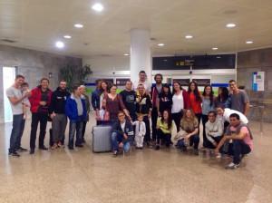 Grupo de familiares y amigos que se desplazaron