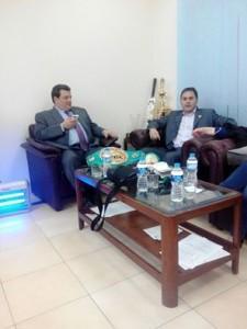 Luciano Planas y José Sulaiman tras la rueda de prensa con los medios pakistanis.