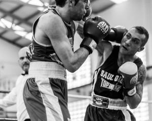 Saul Gacio en su reciente combate ante Aarón González. Foto cortesía de Juan del Rio.