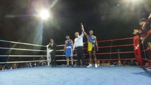 Miguel Mendes consiguió alzarse con el Campeonato Gallego en el combate con mas asistencia de público de su carrera. foto boxedemedianoche