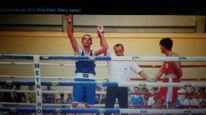 """Adrian """" El Cazador """" Miraz lleva dos victorias en los Nacionales. foto cortesía de TopBoxing."""