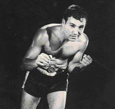 """JOSÉ """" JAPONES """" GONZÁLEZ DOPICO fue campeón nacional del super-ligero y welter."""