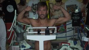 """Eloy Figueira """" El Bengala """" carismático y excelente boxeador y gran persona será uno de los focos de atracción de la velada en el Barrio de las Flores."""
