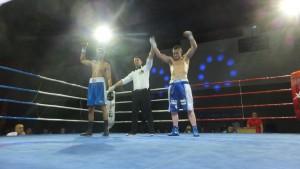 A pesar del brazo en alto de Neves, solo el que levantó el señor Suarez Alberto O Piña marca la victoria real.