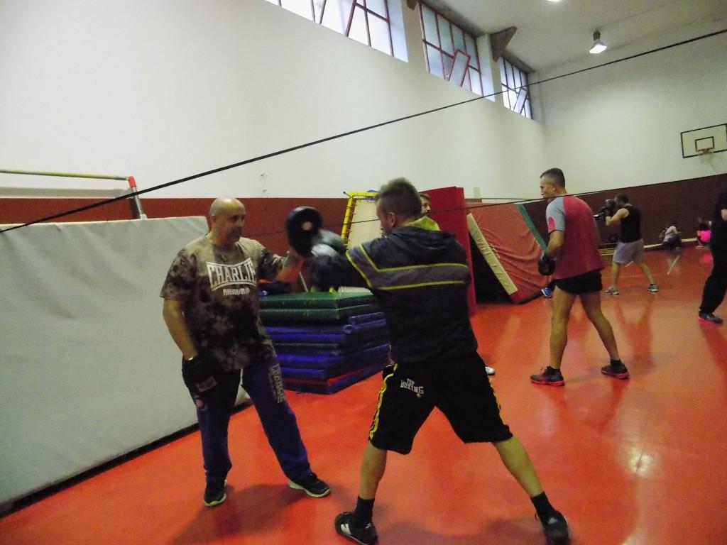 Carlos Vilariño supervisa la preparación técnica de El Bengala. foto cortesía de Ludus Box.