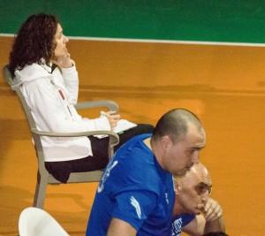 Concentración y atención para puntuar en su ejercicio como juez-árbitro. foto Parreño.
