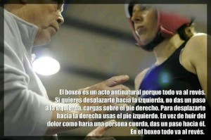 La filosofía del boxeo según Montse Pérez, en la foto con su entrenador Manuel Carvajal.
