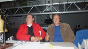 El presidente de la FGB Manuel Planas Otero ( izd. ) con Carlos Mateo. foto boxeodemedianoche.