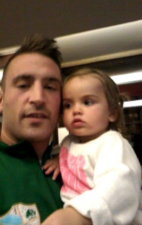 Eloy Figueira con su hija Cayetana.