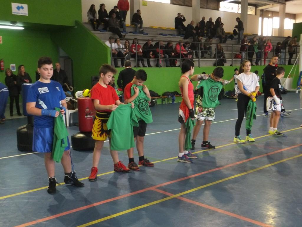 Todos los participantes fueron obsequiados con una camiseta deportiva por Softee Jim Sport