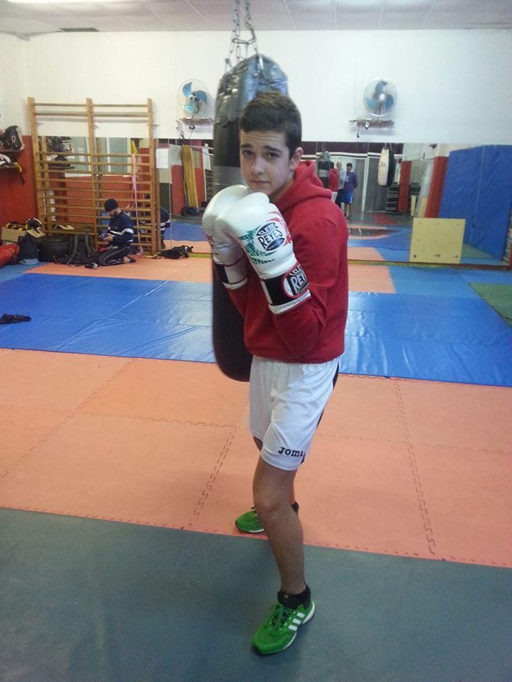 Felipe Morales del Club Kickboxing Valdeorras de J. J. Pardo, competirá en categoría Joven. foto cortesía Juan J. Barco