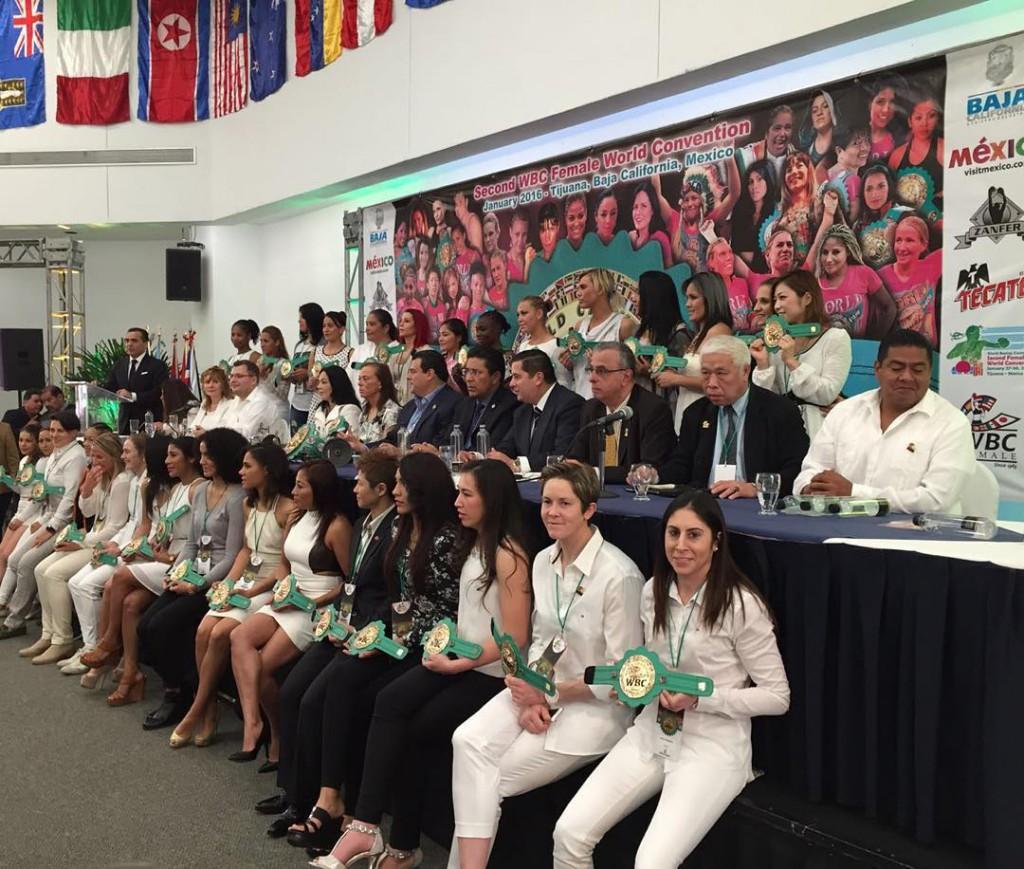 """MARTA """"LA POTRILLA"""" BRAÑAS  en la convención mundial del CMB en México. foto Marta Brañas."""