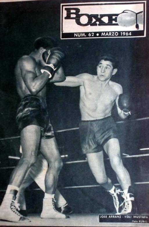 Portada de la revista mensual que, en aquella época, editaba la FEB. El madrileño JOSE ARRANZ en su combate con Koli Mustafa.