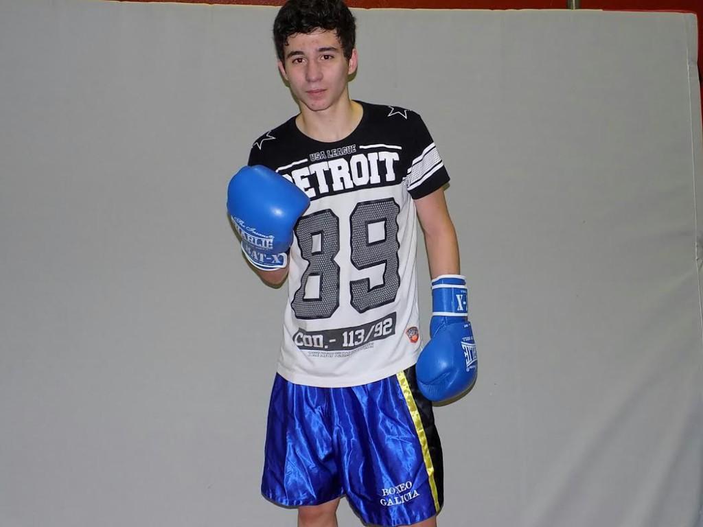 El joven prospecto GENARO GALLO ESCUDERO aspira al Cinturón Gallego bajo la dirección del triunvirato VIALRIÑO-CASTELO_BESTILLEIRO