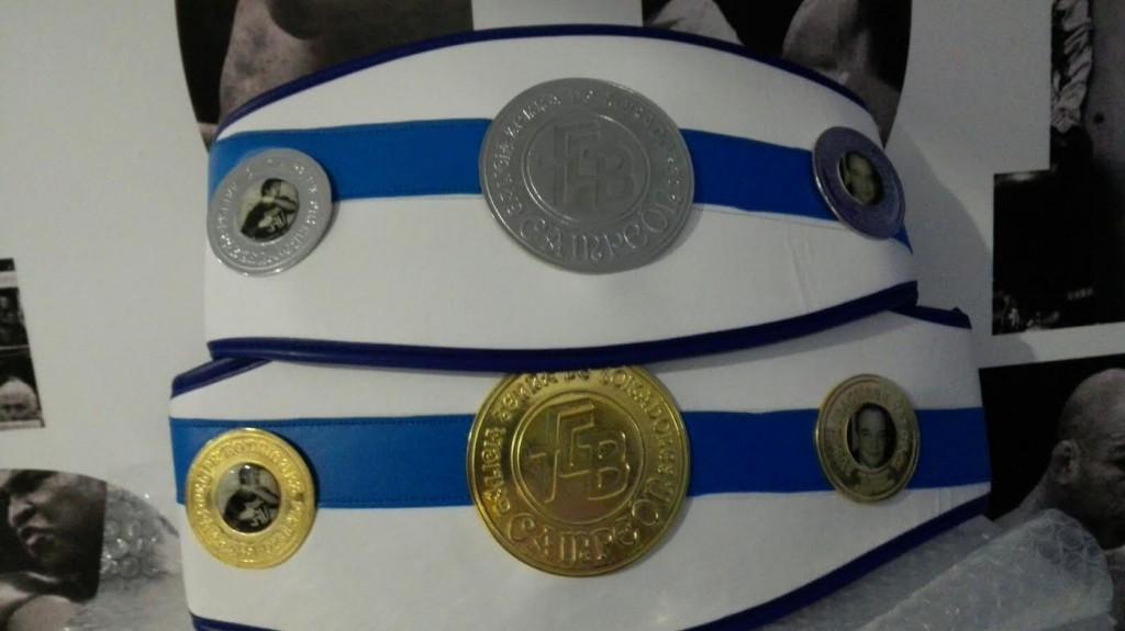 Foto del CINTURÓN OFICIAL de la FGB que se impondrá a los Campeones Gallegos.