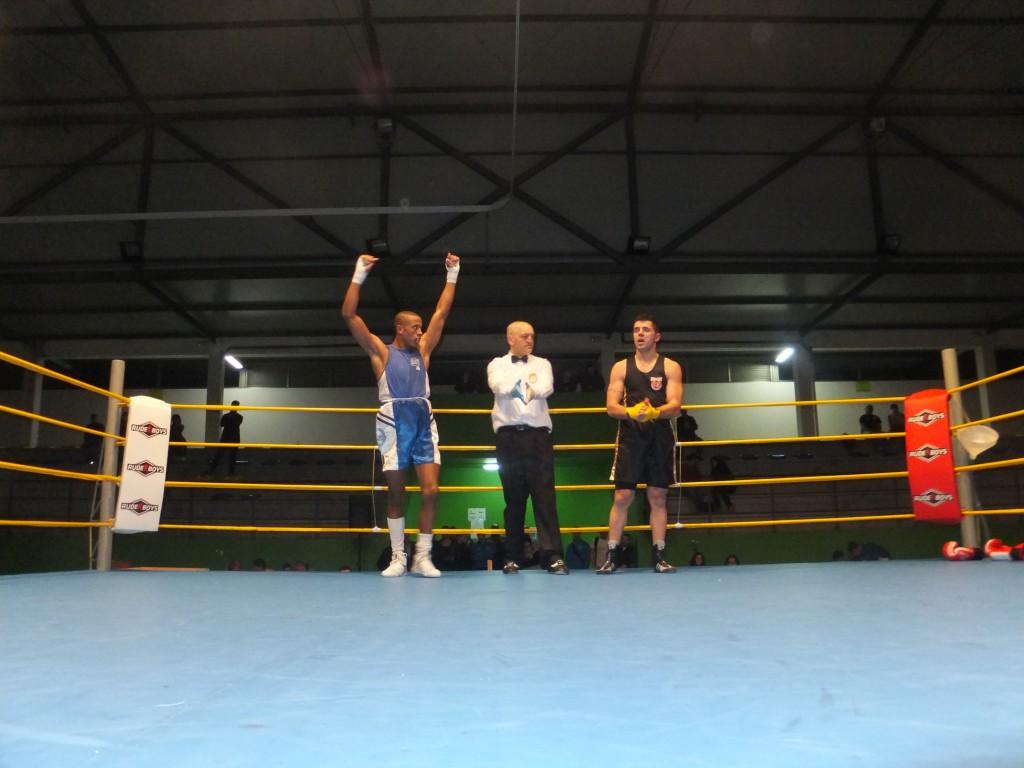 El BKC de CHANO consio otro nuevo finalista con el triunfo de MIGUEL MENDES frente al pupilo del Sagabox J.A. RODRIGUEZ