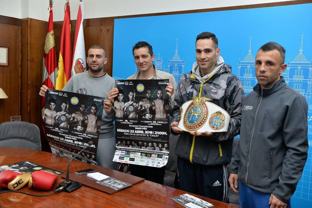En el Ayuntamiento de Ponferrada se presentó la gran gala ROAD TO EUROPE. DIEGO VARQUEZ, el edil de Deportes ROBERTO MENDO, CRISTIAN TORRES y TITO MACIAS, oficiaron el acto de presentación.
