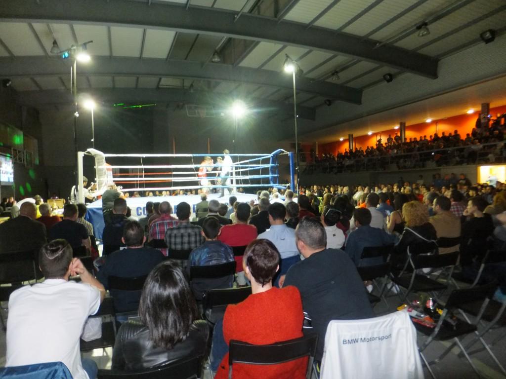 Alrededor de 700 asistentes crearon un extraordinario ambiente en el Alfonso Rodriguez de Noia.