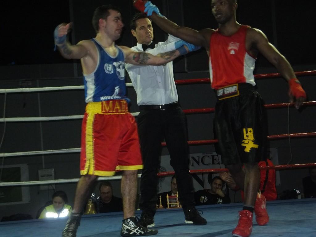 JUAN SIMÓN MARTÍNEZ SANJUAN (izda) no llegó a combatir en Salaceda de Caselas debido a la lesión de su rival