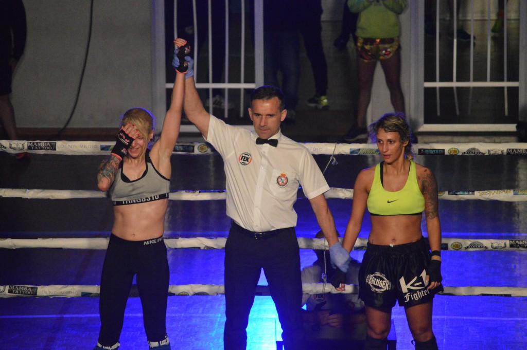 Annabel Suárez el día de su triunfal debut en la disciplina de kic boxing. foto Juan Barral