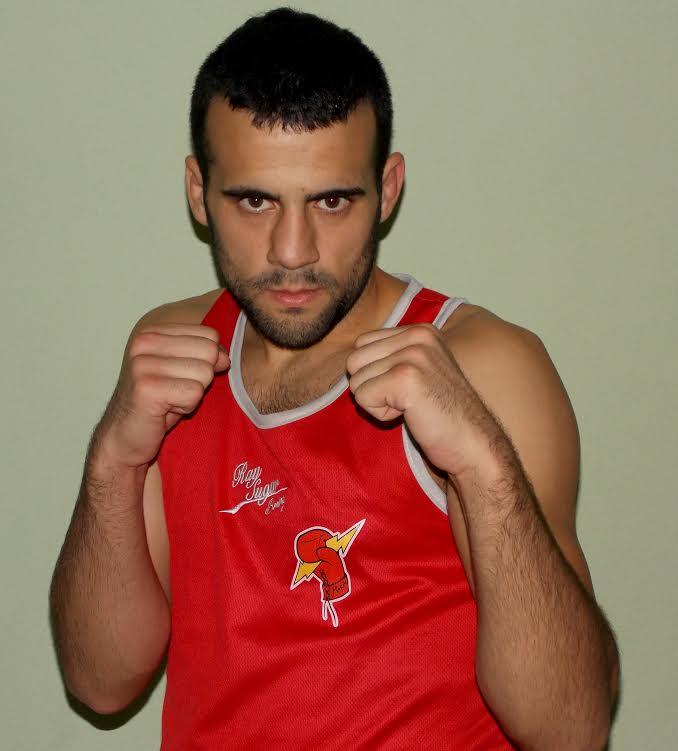 Aaarón Gonzalez Diz, profesor de Educación Física, ha alcanzado la centena de combates.