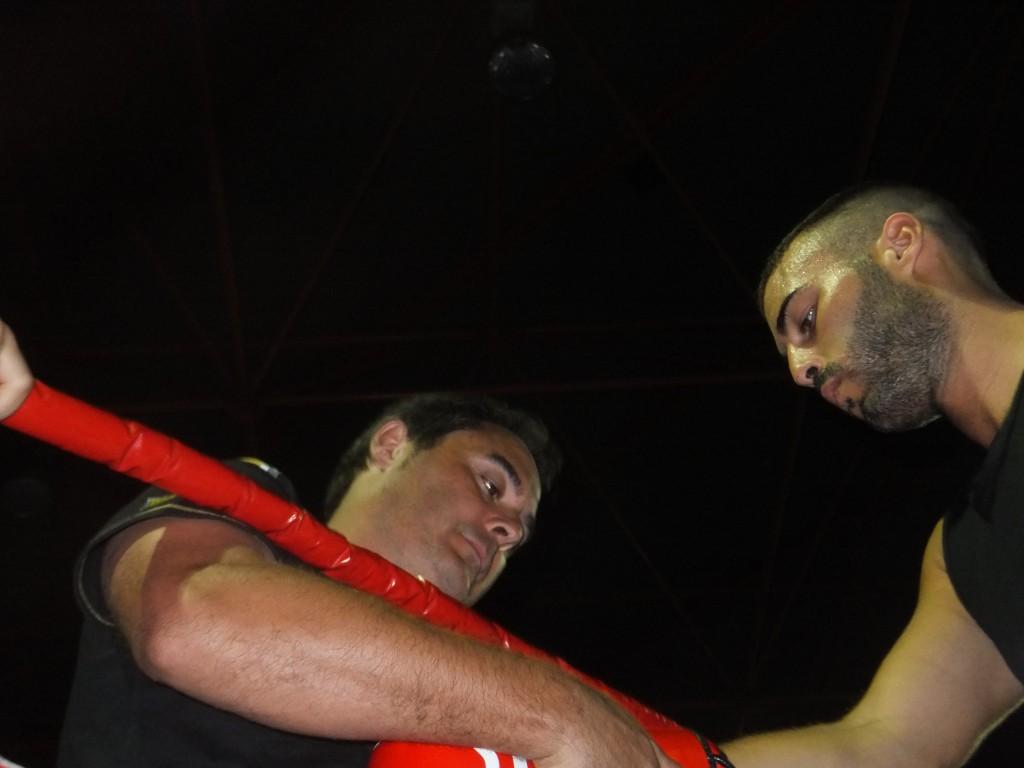 ADRIAN MIRAZ MUIÑO del club Boxeo y Kickboxing Coruña con su mentor CHANO PLANAS.