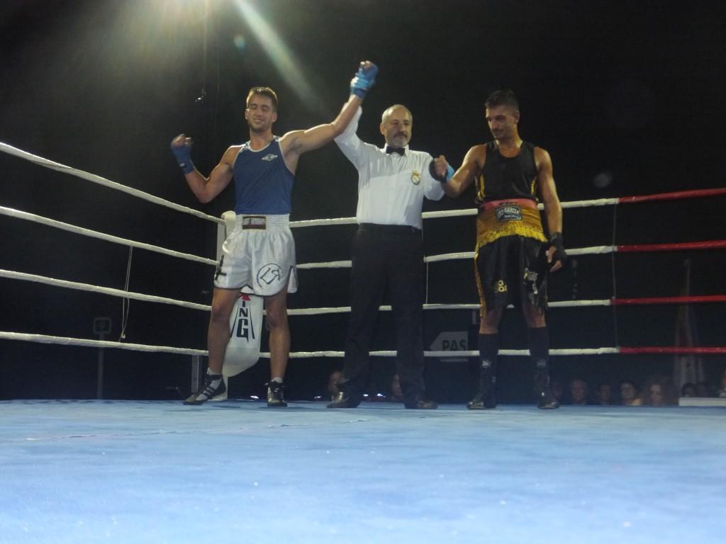 Ito Piston del Club Boxeo y Kicboxing Coruña, no pudo conseguir la victoria ante Manuel Garcia.
