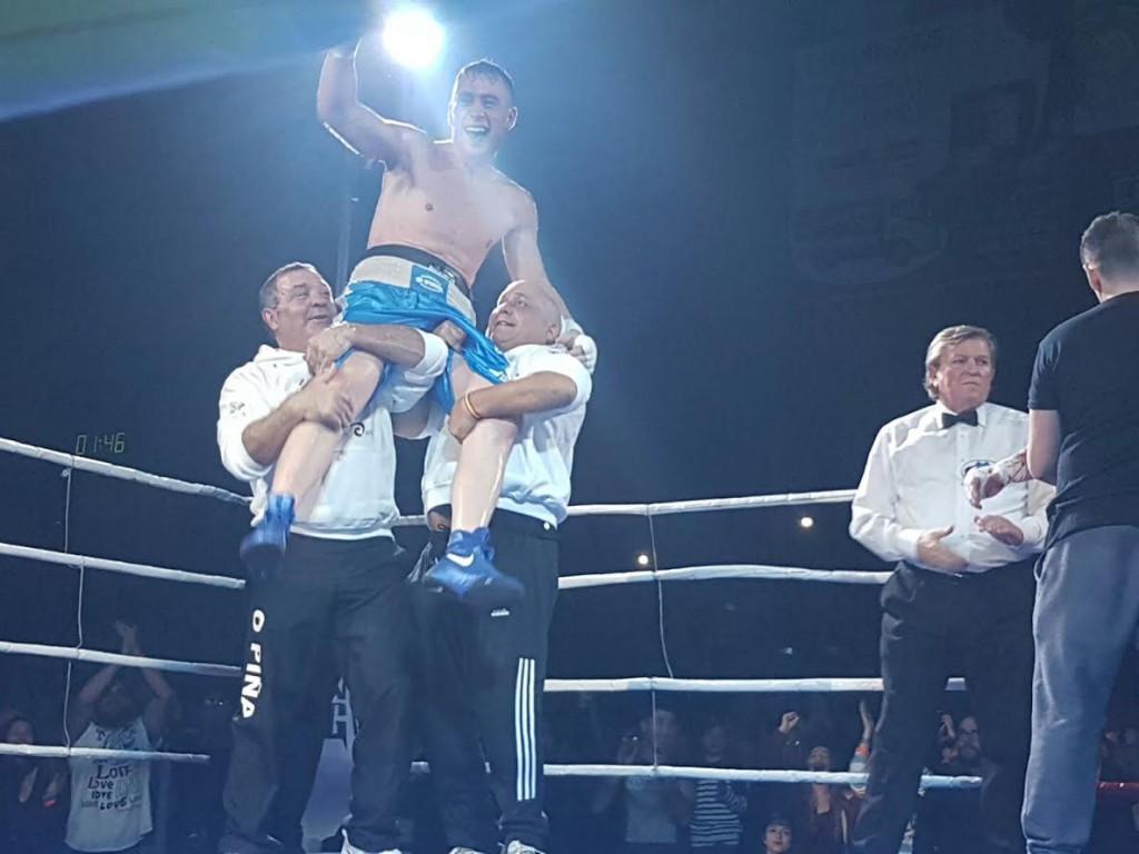 ¡ Alberto Piñeiro Louzao, El Piña, Campeón de España ! foto boxeodemedianoche
