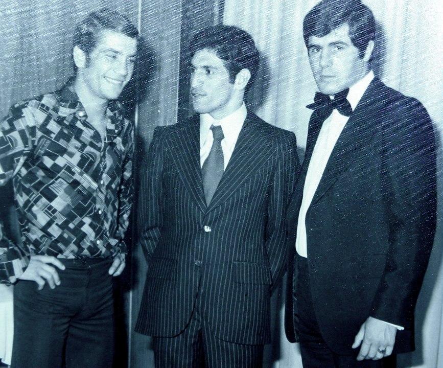 FRANCISCO BERNARDEZ LOPEZ, entre dos leyendas del boxeo español JOSÉ DURÁN y PERICO FERNÁNDEZ.