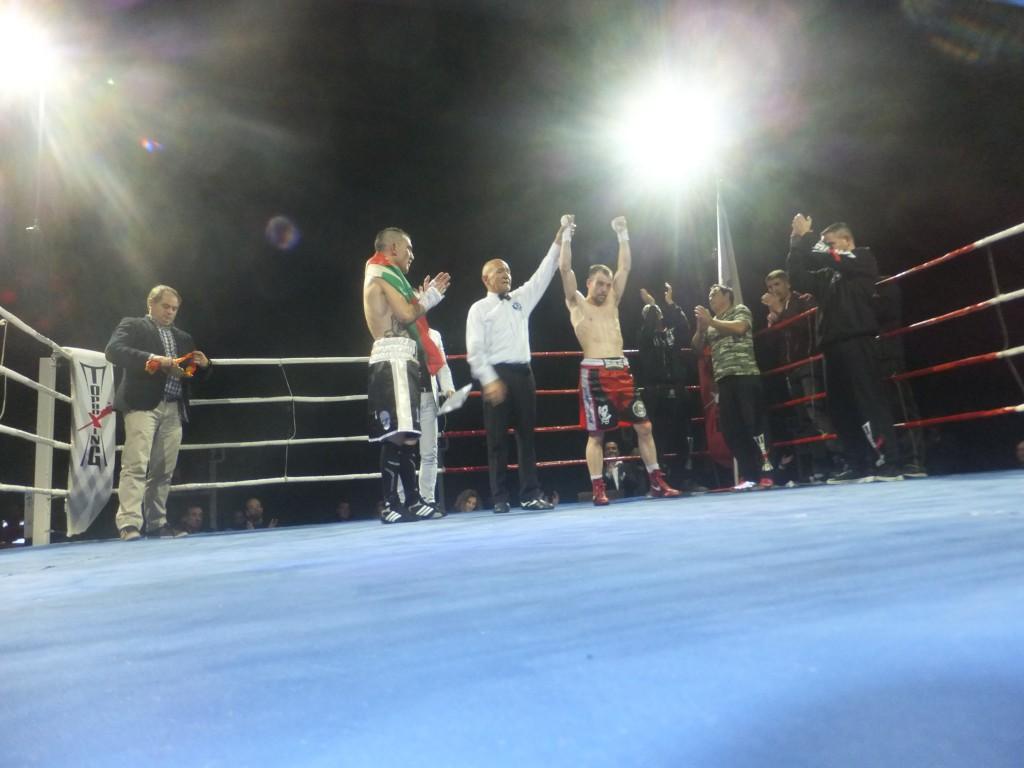 MONCHO MIRAS revalidó título y entorchado nacional en el Frontón de Riazor.