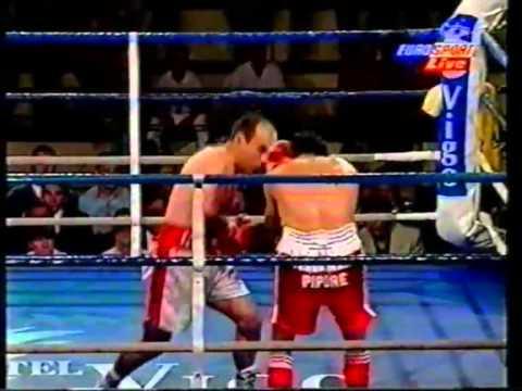 E l marinense PEDRO FERRADAS COUSO, será homenajeado por su excelente trayectoria boxística.