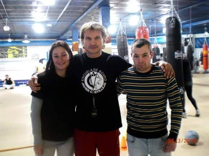 Susana Guimil y Moncho Miras con Javier Castillejo en Parla. foto cedida