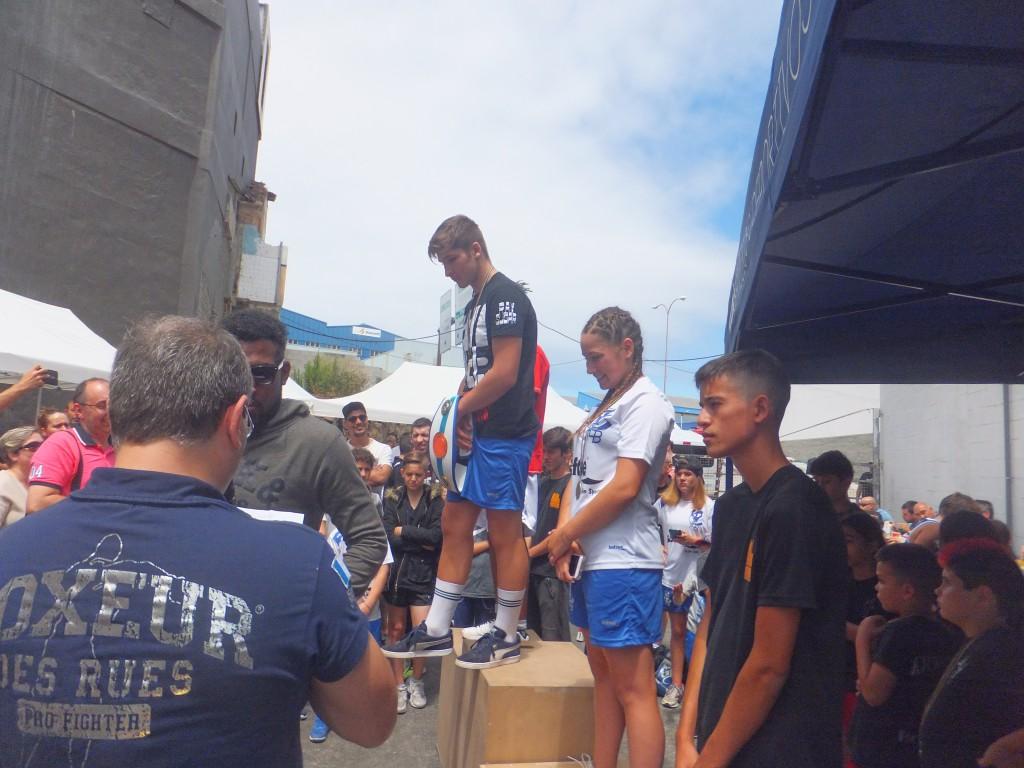 Oscar Efrain ( tapado ) Alexander Sotelo de Team Thunder, Ainoha González de Boxeo y Kickboxing Coruña