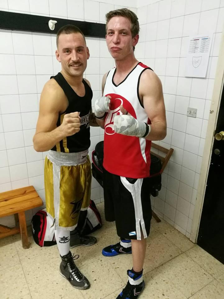 Dos de los protagonista que estuvieron presentes en A Estrada: Eloy Figueira del Ludus Box Artabrum y David Fontaiña del Tae Box Cerceda. Cedida