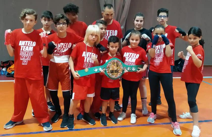 El Antelo Team tendrá doble compromiso deportivo este fin de semana. El sábado en el Campeonato de Combatlon en Santiso y el domingo en la Finla de la Liga Infantil de Formas en Mos ( Vigo )